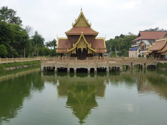 Temple in Chiang Saen