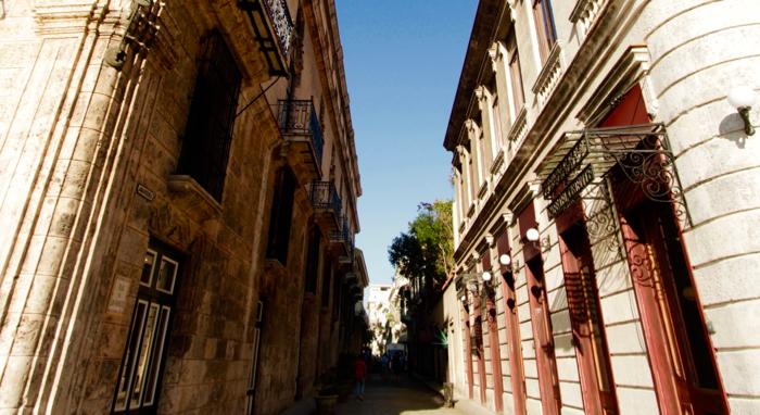 Cuba guide for americans havana street