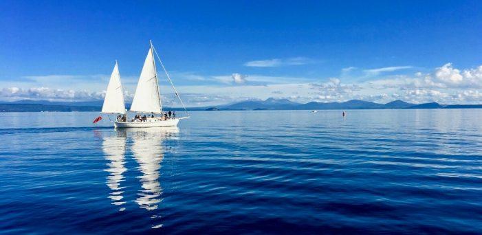 sail across lake taupo